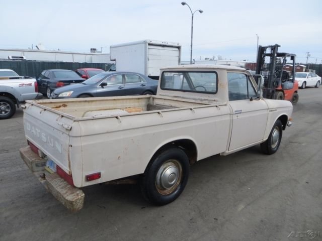 c datsun 1600 pickup 4 cylinder gas manual pickup truck no reserve for sale datsun other 1972. Black Bedroom Furniture Sets. Home Design Ideas