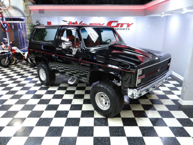 Chevy Blazer K5 4x4 Lifted Solid Southern Truck Led Lights