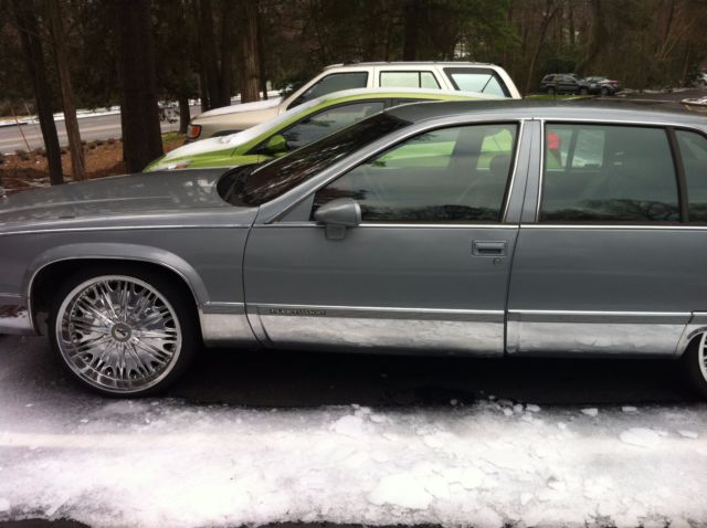 Classic Cadillacs For Sale >> Classic old school Cadillac w/22' rims for sale - Cadillac Fleetwood 1994 for sale in Charlotte ...