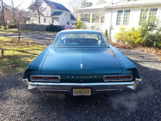 Classic Vintage Muscle 1966 Pontiac Star Chief Executive 4 Door