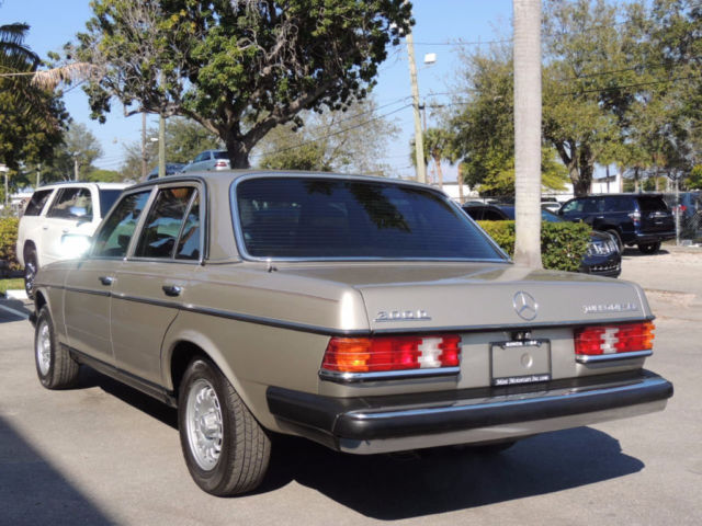 Diesel just one florida since new carfax cert stunning for Mercedes benz diesel for sale in florida