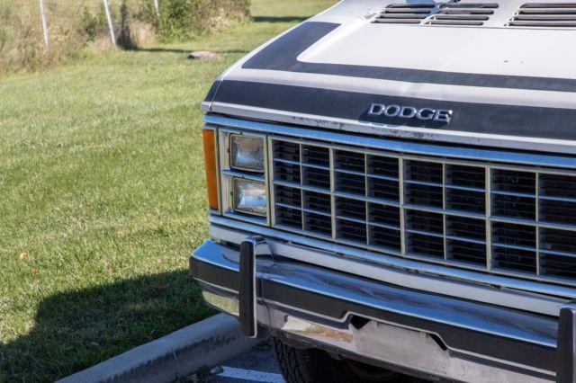 Dodge Ram Van, B350, RV Camper Van, Conversion van  1984 for