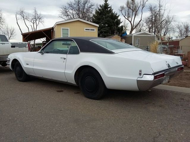 Ebay motors cars oldsmobile for sale oldsmobile toronado for Classic cars on ebay motors