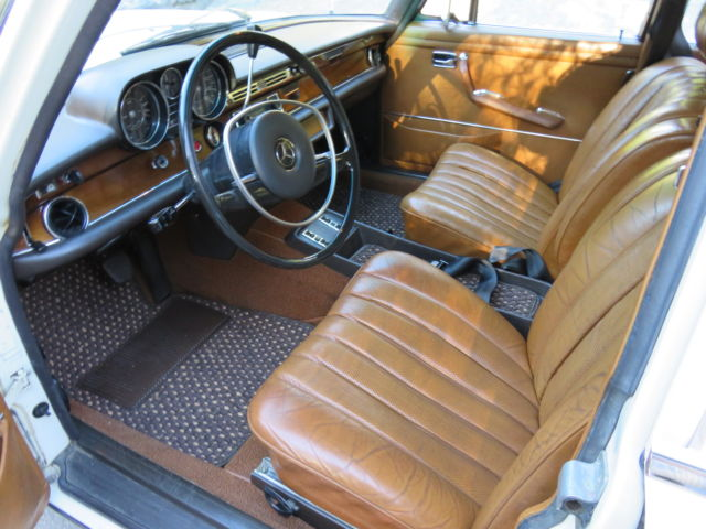 excellent mercedes benz 280sel light ivory original cognac leather for sale mercedes benz 200. Black Bedroom Furniture Sets. Home Design Ideas
