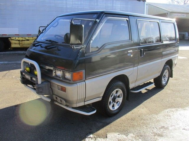 fed legal japan import 1987 mitsubishi delica l300 4x4 2 5 turbo diesel 5 speed for sale. Black Bedroom Furniture Sets. Home Design Ideas