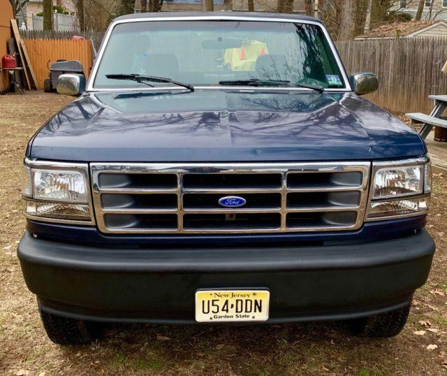 Ford F-150 XL Pick Up Truck Blue 6cyl, 5spd Manual 1993