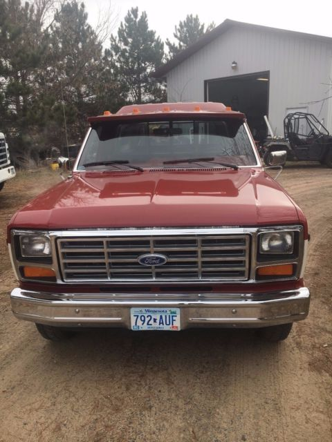 ford f 150 xlt lariat pick up for sale ford other pickups 1985 for sale in isanti minnesota. Black Bedroom Furniture Sets. Home Design Ideas