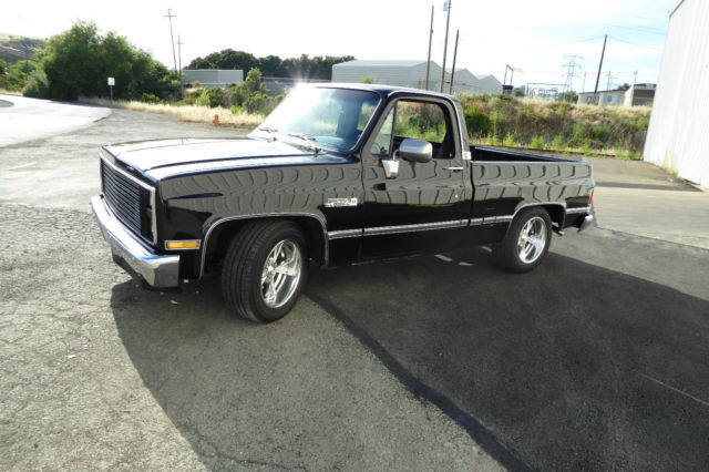 Gmc sierra classic pick up short wide 1987 regular cab for Classic beds for sale