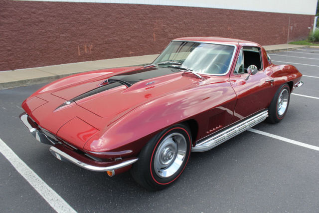 gorgeous marlboro maroon 1967 corvette 427 435hp l71 for sale chevrolet corvette 1967 for sale. Black Bedroom Furniture Sets. Home Design Ideas