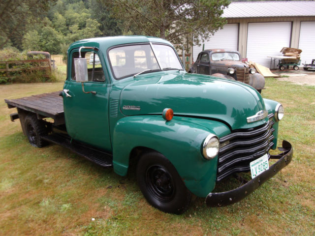 Green 1951 Chevy truck 3/4 ton 5 window Chevrolet 4 speed 6