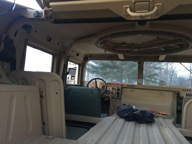 Hummer H Am General Slant Back Humvee Hard Top Hmmwv Military Truck on Military Hmmwv Batteries