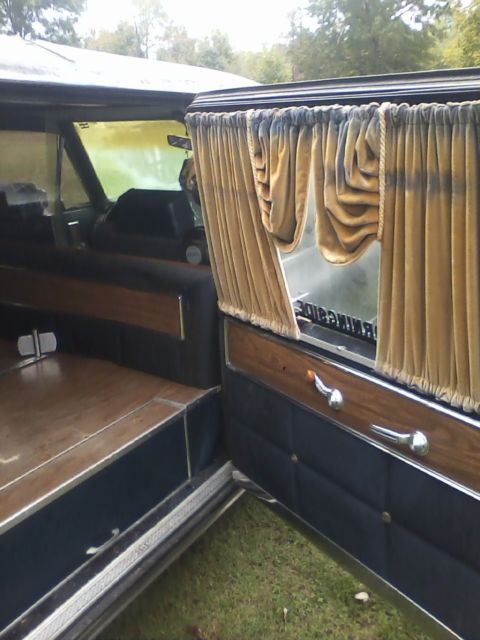 i 39 m selling a superior coach cadillac hearse black with blue interior for sale cadillac. Black Bedroom Furniture Sets. Home Design Ideas