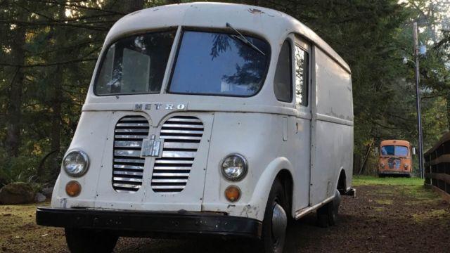 international harvester metro van milk truck stepvan divco for sale international harvester. Black Bedroom Furniture Sets. Home Design Ideas