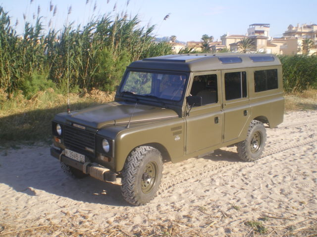 land rover 109 series iii for sale land rover defender 1985 for sale in el cortijo grande spain. Black Bedroom Furniture Sets. Home Design Ideas