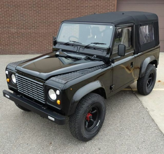 LAND ROVER DEFENDER 90 SOFT TOP 2.5 DIESEL For Sale