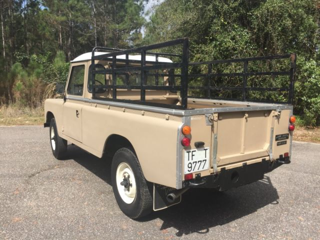land rover defender santana 109 pu diesel for sale land rover defender 109 1985 for sale in. Black Bedroom Furniture Sets. Home Design Ideas