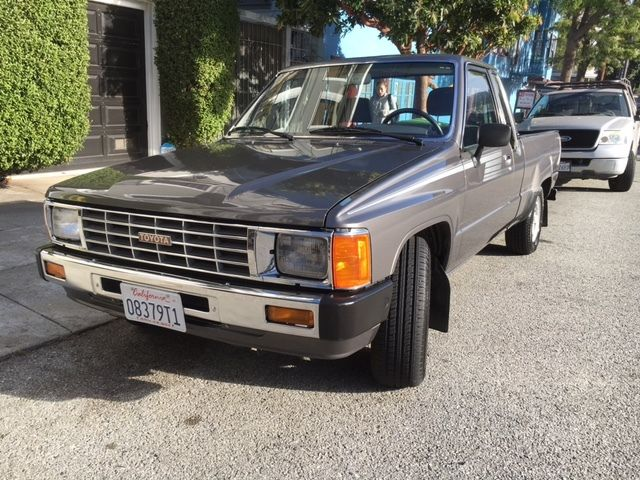1986 toyota pickup sr5 turbo
