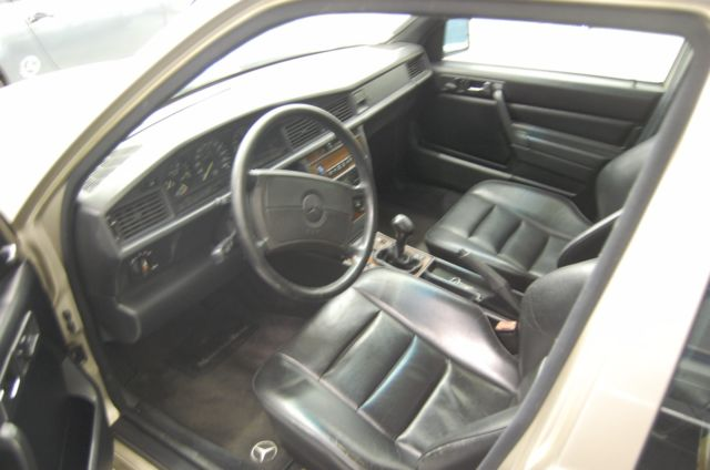 mercedes 190e for sale mercedes benz 190 series 1992 for. Black Bedroom Furniture Sets. Home Design Ideas