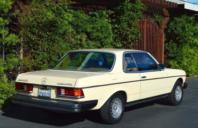 Mercedes benz 300 series 300cd 300 cd w123 low miles for Mercedes benz 300cd for sale