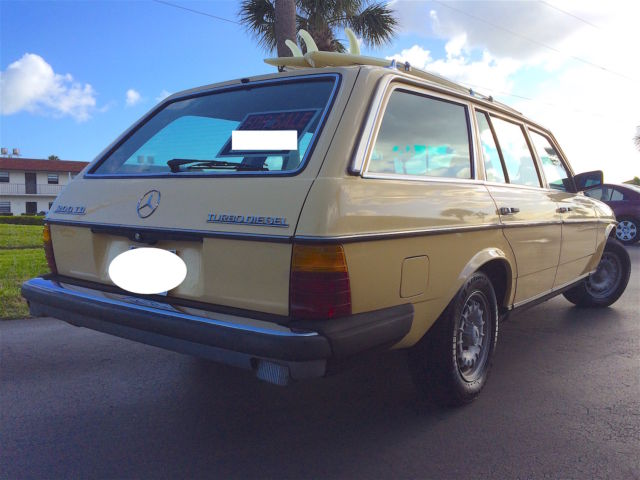 Mercedes benz 300td station wagon for sale mercedes benz for Mercedes benz station wagon