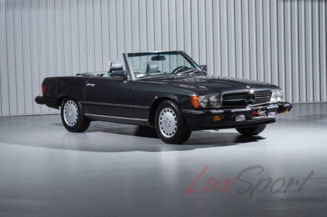 mercedes benz 560sl roadster black with 70 000 miles for sale for sale mercedes benz 560sl. Black Bedroom Furniture Sets. Home Design Ideas