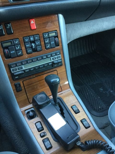 Mercedes Benz Classic 300se 1992 Mobile Phone B Tooth