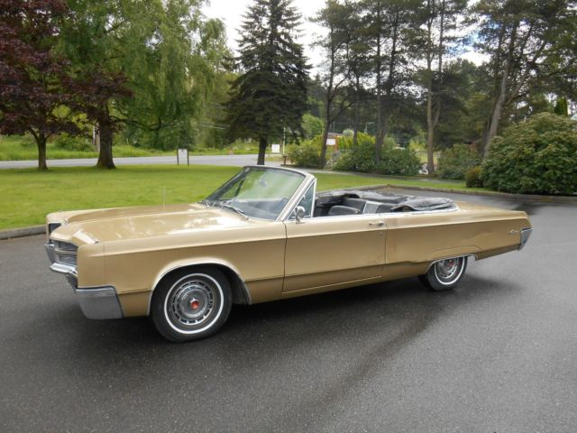 mopar 1967 chrysler 300 convertible 440 tnt one owner survivor original paint for sale. Black Bedroom Furniture Sets. Home Design Ideas