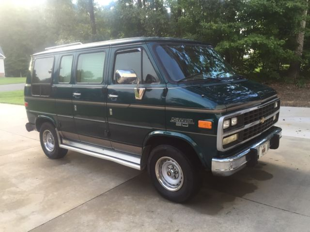 ONE OWNER 1994 CHEVY G20 VAN !!!!!!!!!!!!! ONLY 51K MILES