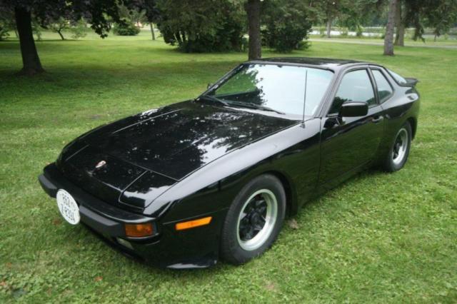 Porsche 944 1984 Risky Business Very Low Miles Excellent