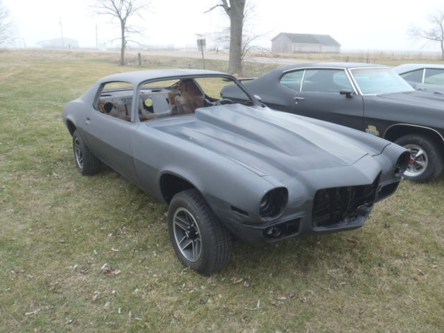 real 1972 chevy camaro z 28 4 speed car all metal ready for paint body for sale chevrolet. Black Bedroom Furniture Sets. Home Design Ideas