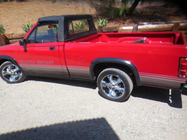 red dodge dakota sport pickup truck 4x4 convertible 1989 29 500 original miles for sale dodge. Black Bedroom Furniture Sets. Home Design Ideas