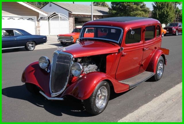 Restomod all steel 1934 ford 4dr sedan chevy 350 350 for 1934 ford 4 door for sale