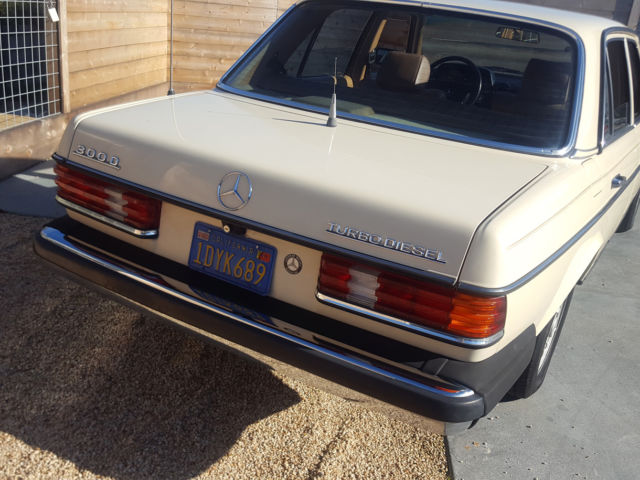 Rust free classic 1982 mercedes benz 300d w123 turbodiesel for Mercedes benz redwood city