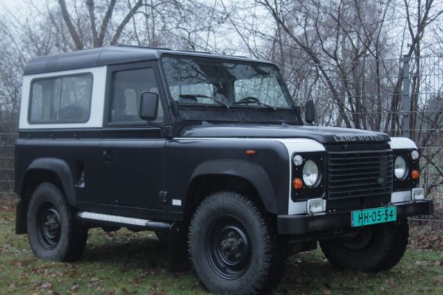 rust free land rover defedner d90 for sale land rover. Black Bedroom Furniture Sets. Home Design Ideas