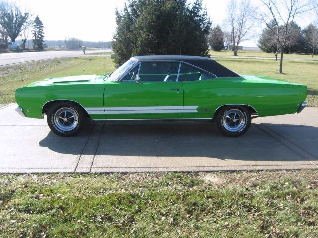 SASSY GRASS SUBLIME GREEN 68 GTX 370 HORSEPOWER 440HP