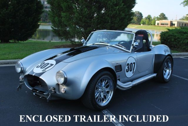 SHELBY COBRA 427 BACKDRAFT RACING - SUPERB CAR WITH ENCLOSED