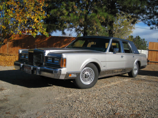 Stunning Classic 1989 Lincoln Town Car With 34 500 Original Miles