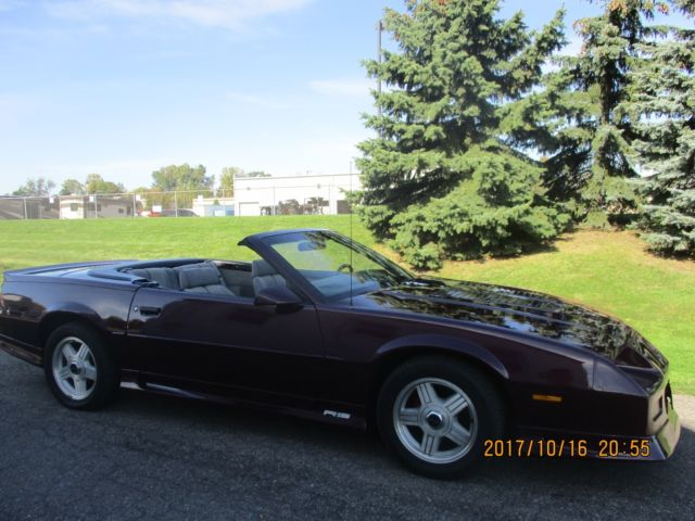 sweet 1992 chevy camaro rs convertible v 8 very clean. Black Bedroom Furniture Sets. Home Design Ideas