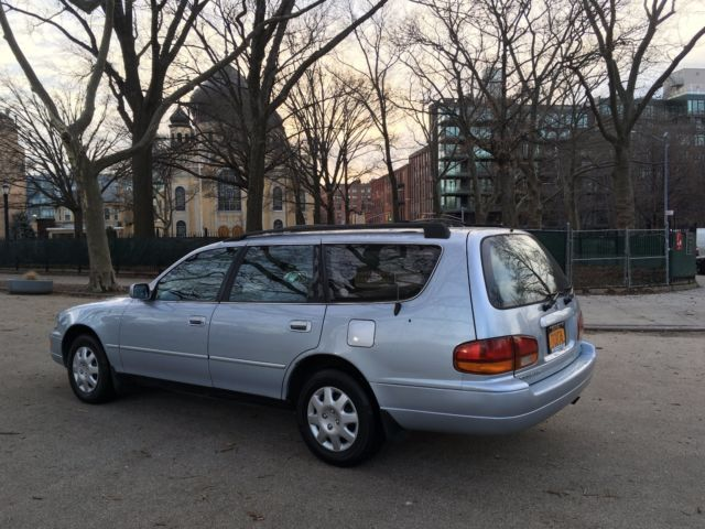 TOYOTA CAMRY Station Wagon LE ( LOW Miles ) for sale ...
