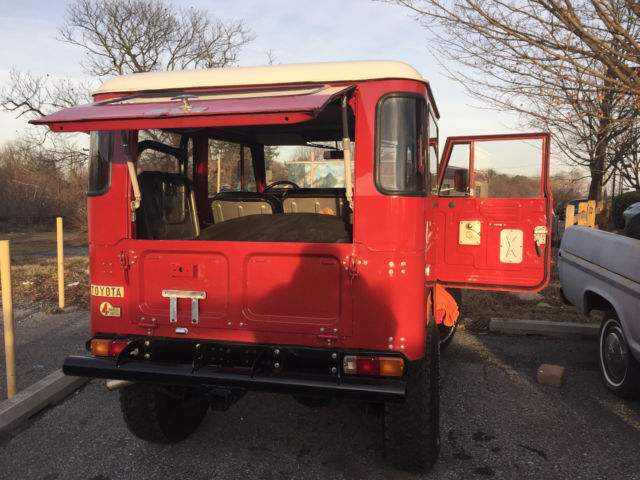 Toyota Fj40 Fj 40 Land Cruiser Red With Hardtop And