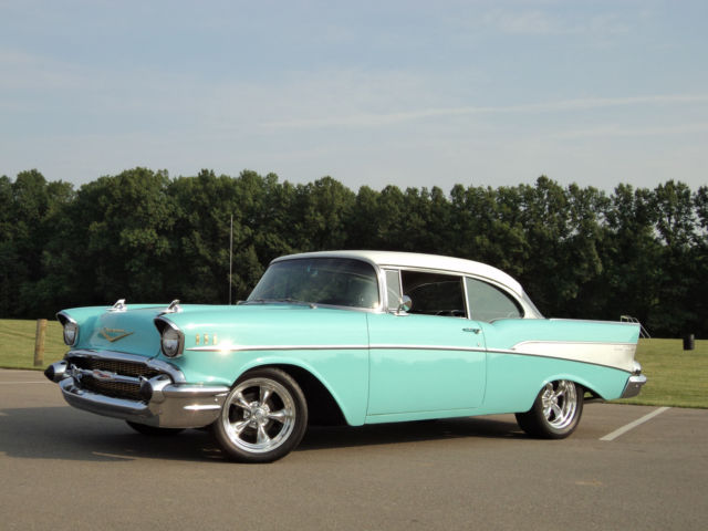 very slick chevy bel air hardtop 327 4 speed ac 1957 55 56 57 58 59 60 61 62 63 for sale. Black Bedroom Furniture Sets. Home Design Ideas