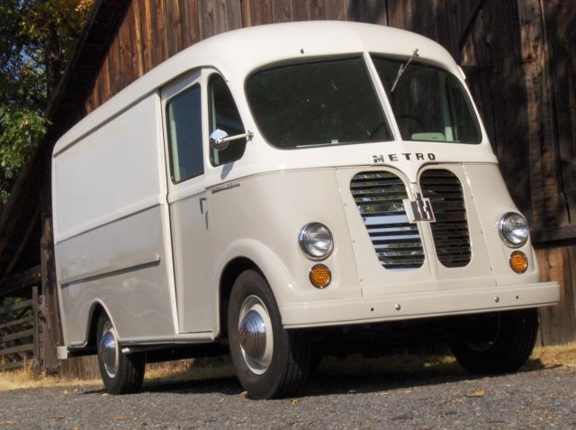 cfb33ff65f vintage international metro step delivery van truck panel truck harvester  bread