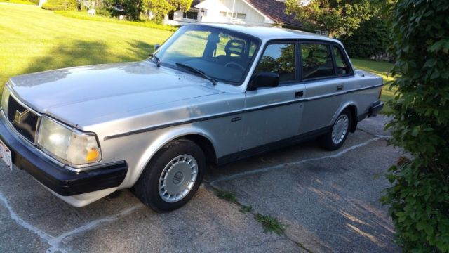 volvo 240 with bilstein shocks ipd turbo exaust and ipd turbo sway bars for sale volvo 240. Black Bedroom Furniture Sets. Home Design Ideas