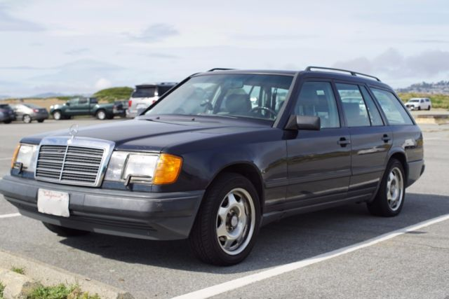 well maintained 1987 mercedes benz 300td turbo diesel wagon w124 rwd for sale mercedes benz. Black Bedroom Furniture Sets. Home Design Ideas