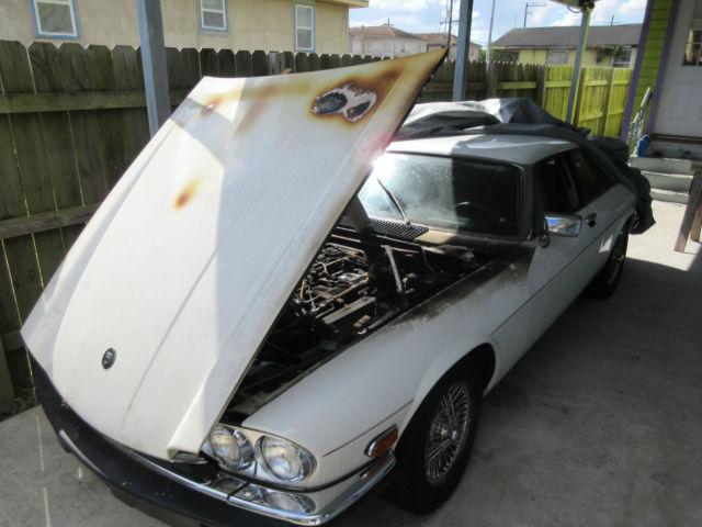 xjs v12 with engine fire damage for sale jaguar xjs coupe 1989 for sale in new orleans. Black Bedroom Furniture Sets. Home Design Ideas